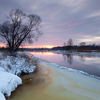 Loojang jäätuval jõel / Sunset on the Freezing River